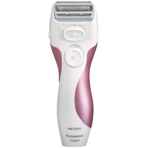 Panasonsic Close Curves ES2207P Ladies Shaver Review : Best for Bikini Area